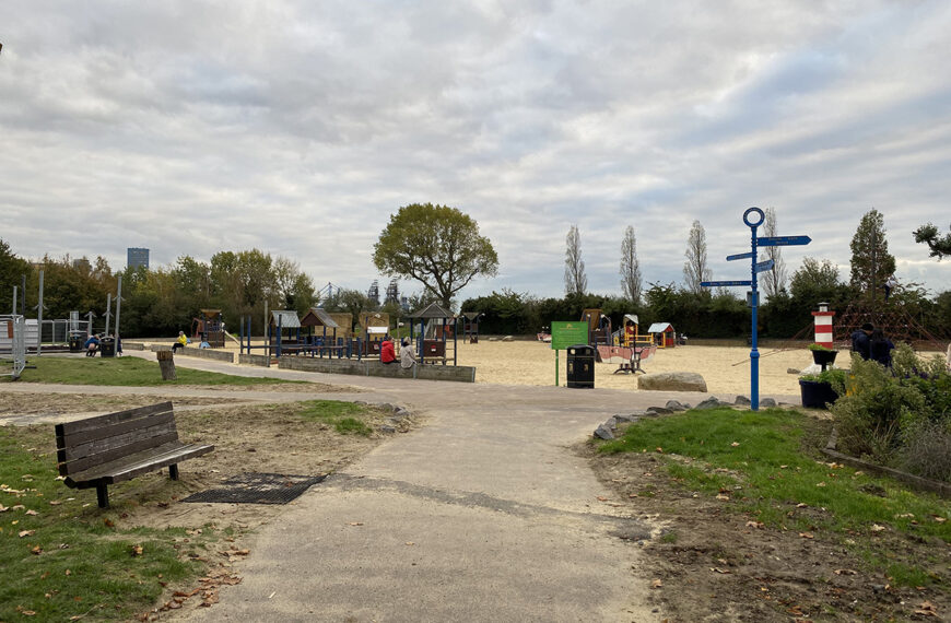 Thames Riverside: Destination Park Space
